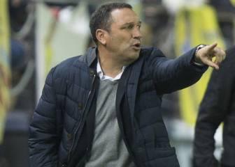 Eusebio no piensa en la Copa, pero reserva a Vela