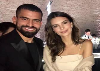 Rincón posó con la modelo Emily Ratajkowski en la gala de la Juve