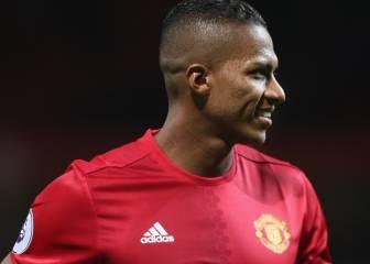 Valencia renueva con el Manchester United hasta 2018