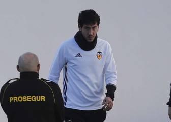 El Valencia se reúne con Parejo y el club desmiente que se vaya