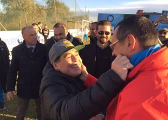 Maradona visita al Nápoles y De Laurentiis le invita al Bernabéu