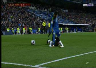 Asensio escapes broken hand