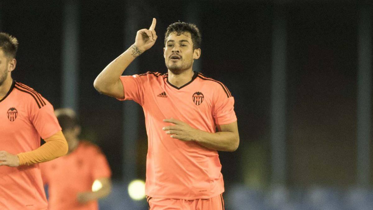 Vinicius Araujo jugará cedido en el Huesca.