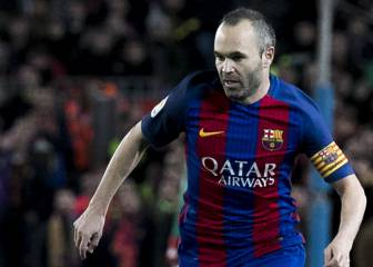 Iniesta substituted at half time with suspected strain