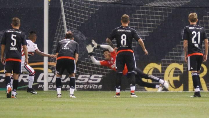 El desenlace del partido se vivió desde los once metros. River se llevó el encuentro en los penaltis.