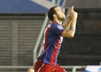 Urko Vera deja el Huesca y volverá a jugar en el Mirandés