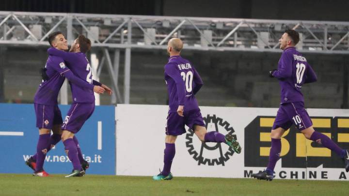 Tello marca en la goleada del Fiorentina contra el Chievo