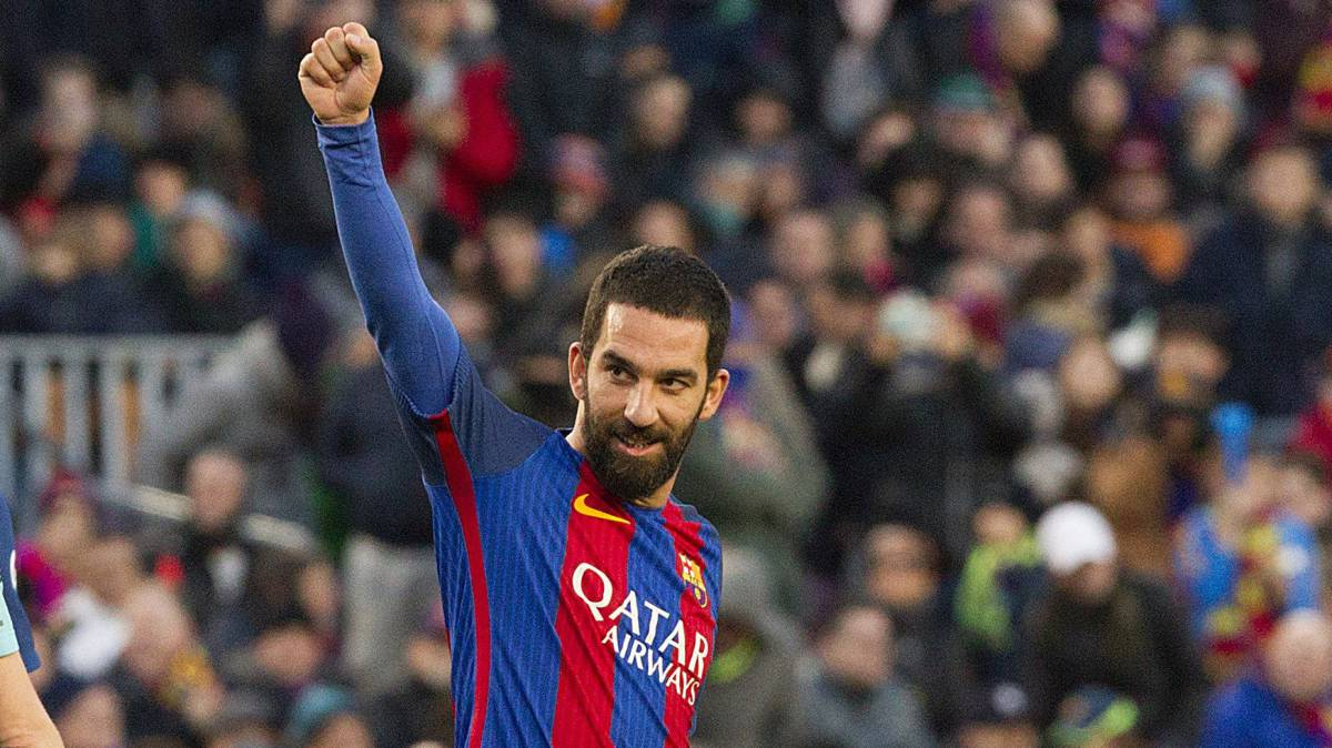 Arda Turan clears up rumours about his future AS