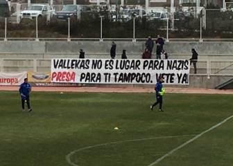 Rayo fans rail against signing of