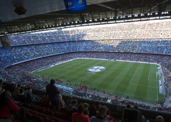 Camp Nou prepares hankie protest against 'biased' refs