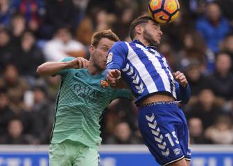 Aleix Vidal injury takes sheen off rousing win in Vitoria
