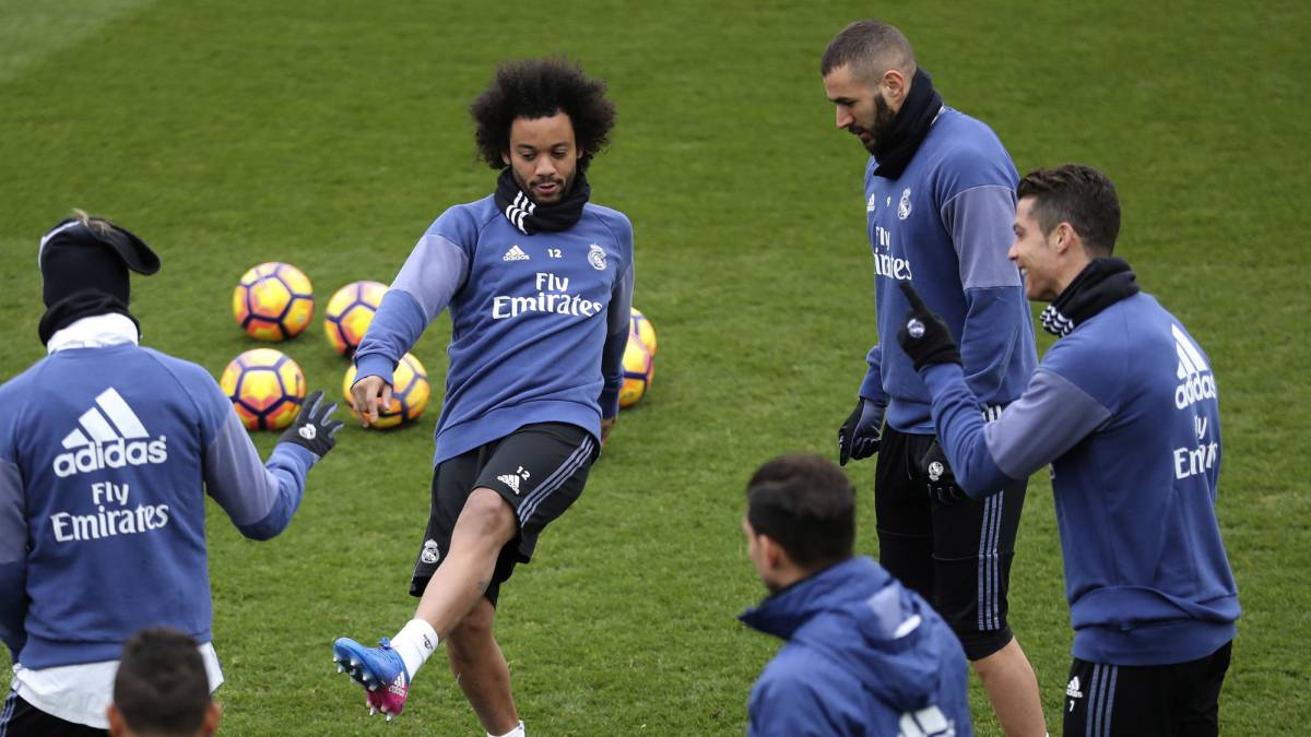 Real Madrid-Napoli: Cristiano Ronaldo rejoins group training