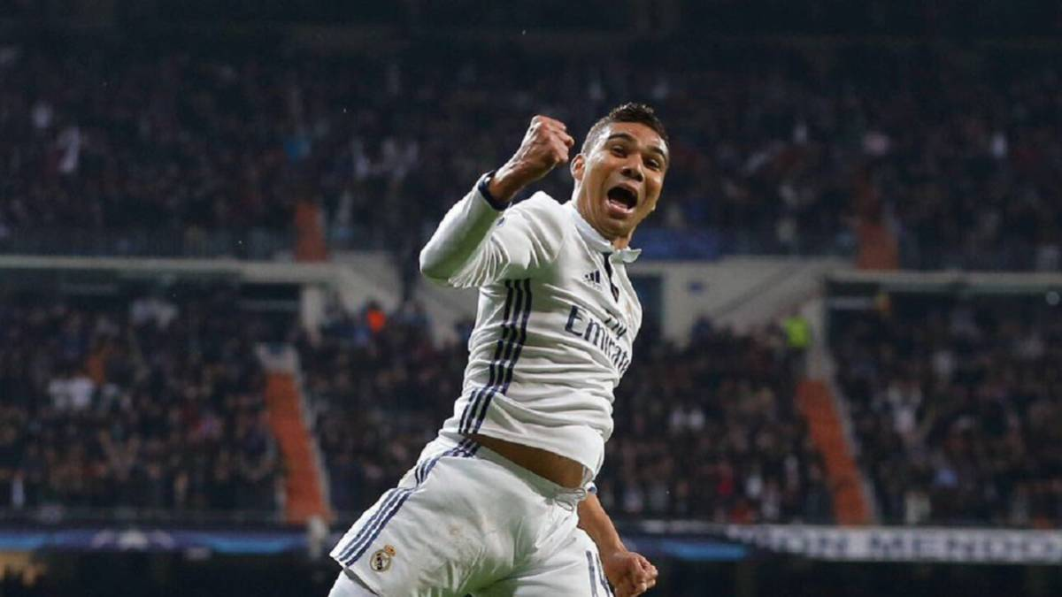 Real Madrid's Casemiro enjoys Champions League goal with fans
