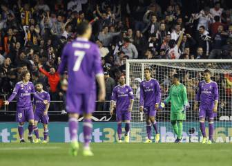 Valencia 2-1 Real Madrid in pictures