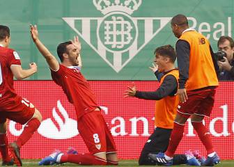 Sub Iborra earns Sevilla come-from-behind derby win at Betis