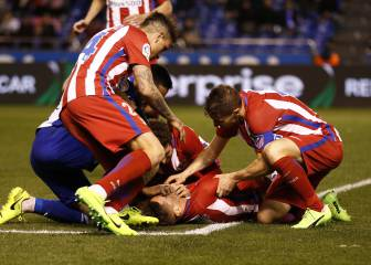 Atlético's Torres suffers severe head injury in Depor draw
