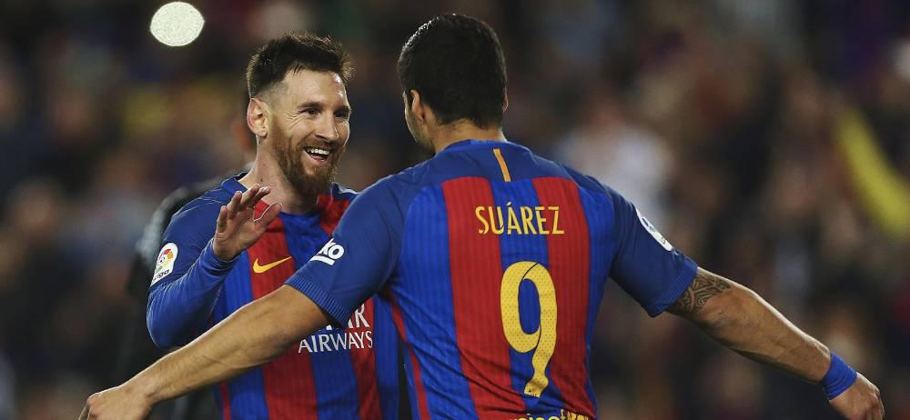 El Barça sobrevive al límite