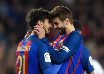 Barcelona's Piqué tells Camp Nou boo-boys to stay at home
