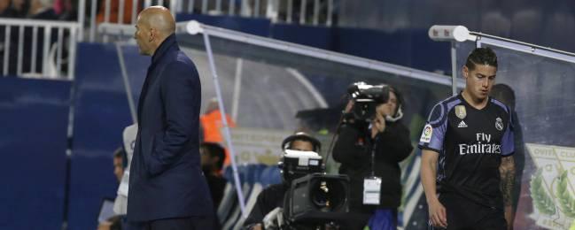 James se marcha sin saludar a Zidane.