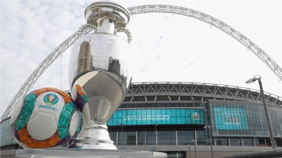 La UEFA confirma el calendiario para la Eurocopa de 2020 - AS.com baeea0033280f