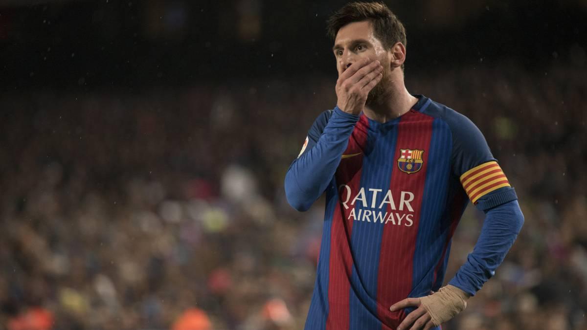 Messi, en un momento del partido ante la Real.