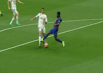 Ref unmoved by Ronaldo's penalty shout against Umtiti