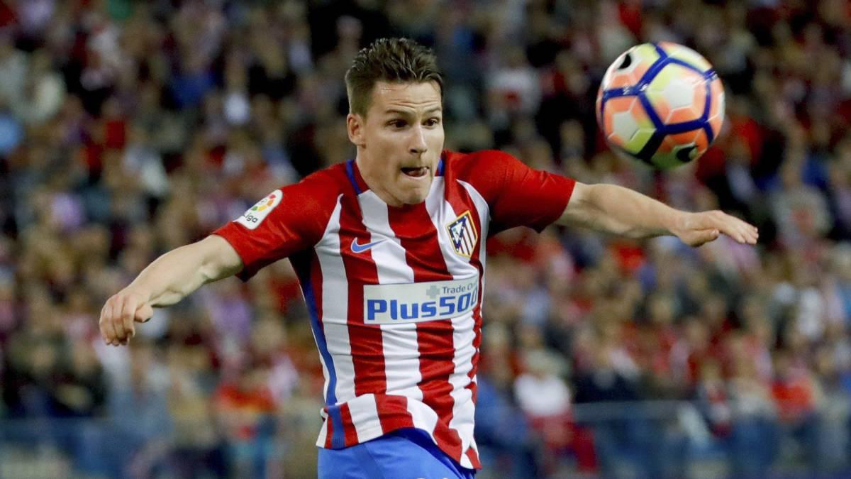 Atlético defiende su tercer lugar con goleada sobre Las Palmas