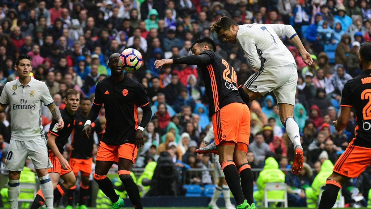 Jornada 2 Real Madrid-Valencia 1493393011_244157_1493478747_noticia_normal