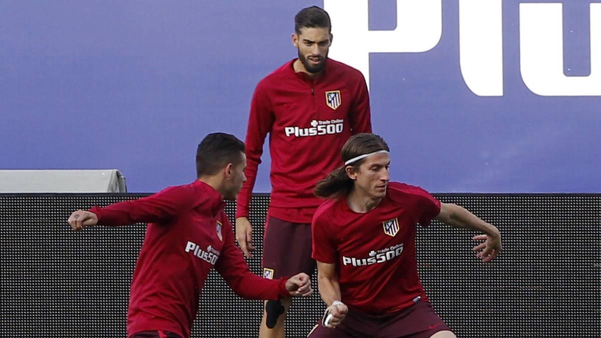 Real Madrid recuerda gol de Chicharito que eliminó al Atlético