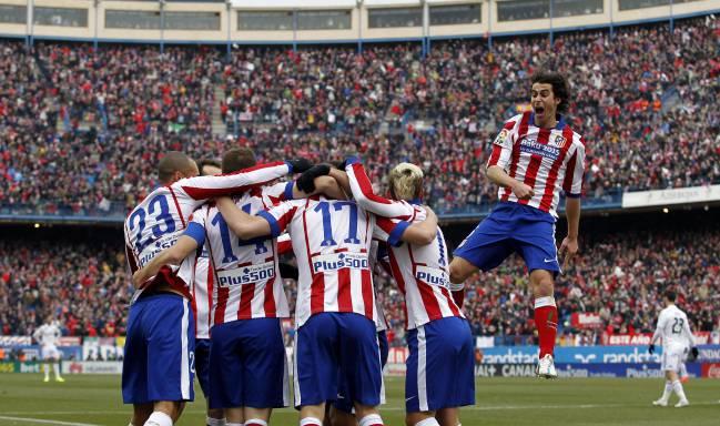 Los jugadores del Atlético en la goleada al Madrid.