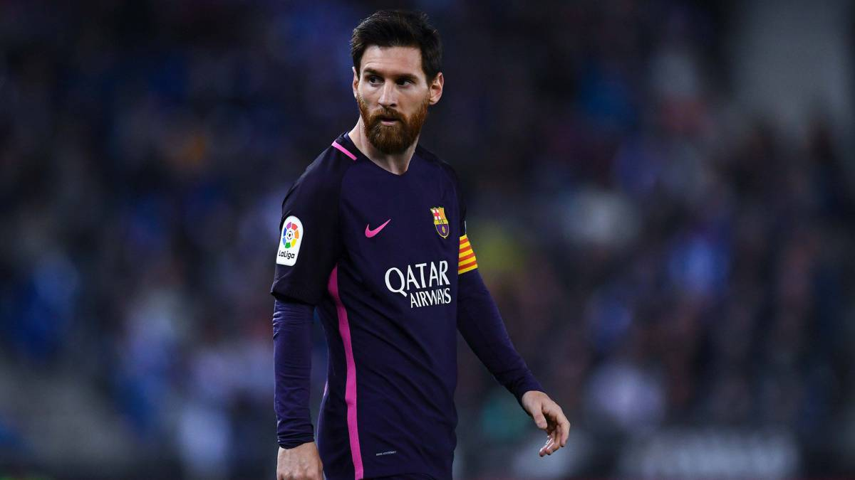 Lionel Messi rejects Barcelona s opening contract offer AS
