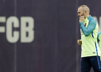 Iniesta given all-clear and is included in Barça squad