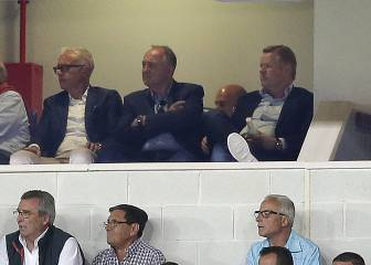 Koeman spotted at La Rosaleda taking notes on Sandro