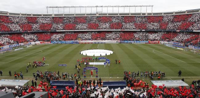 Imagen del Vicente Calderón en la previa al partido ante el Madrid.