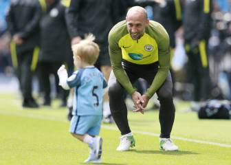Manchester City confirm that Zabaleta will be moving on