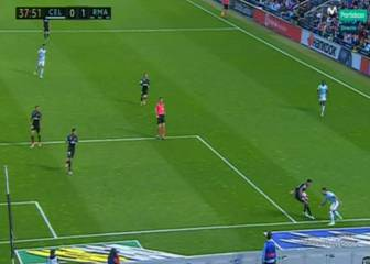 Celta appeal for penalty after Varane handball