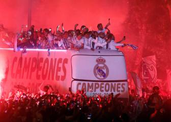 Real Madrid celebrate LaLiga title win at Cibeles