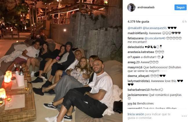 Keylor Navas, Lucas Vázquez y Sergio Ramos, se juntaron para tomar algo.