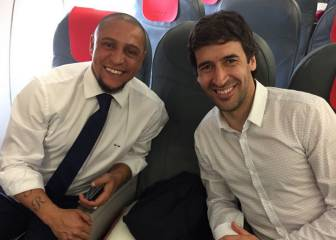 Roberto Carlos and Raúl join Real Madrid on flight to Cardiff