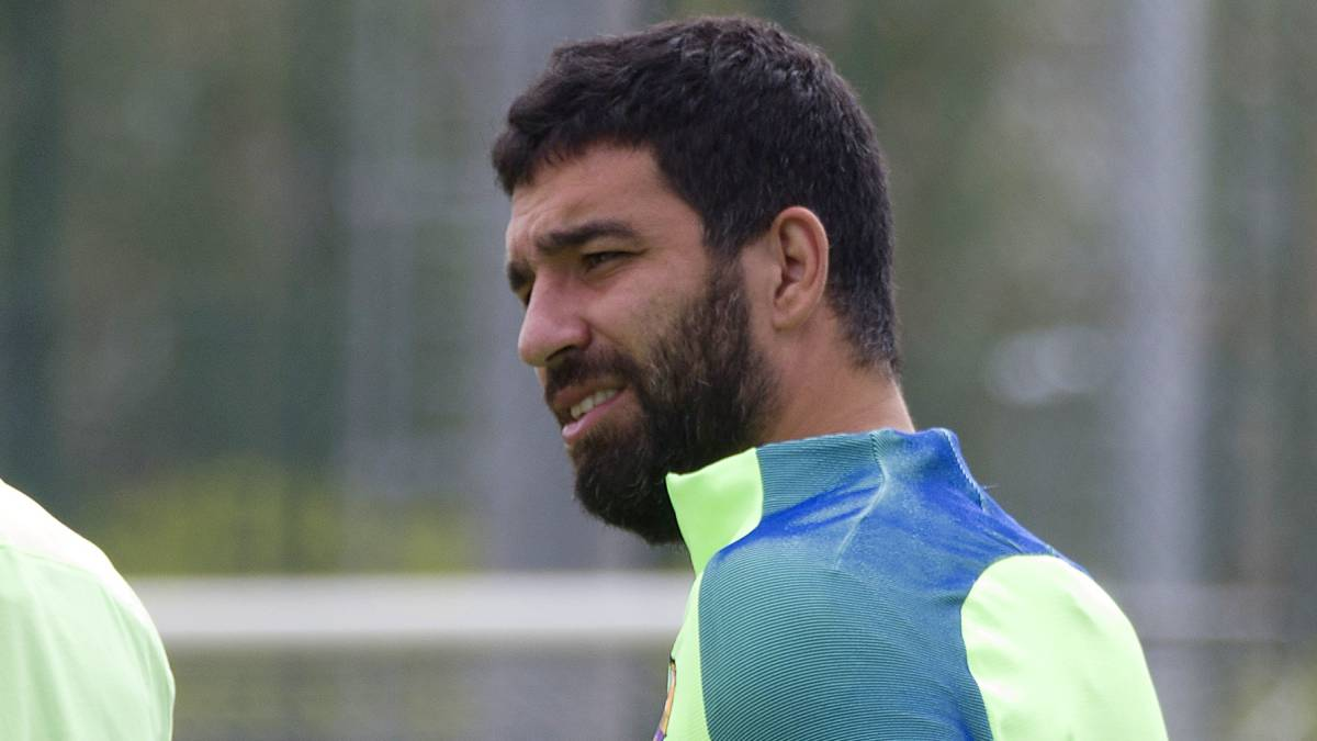 Turan quits Turkey's national team after reported assault