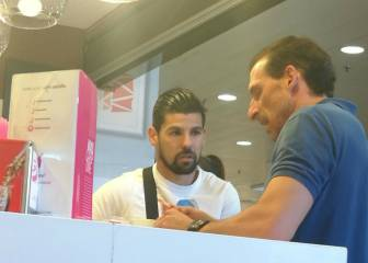 Nolito pictured with Sevilla sporting director