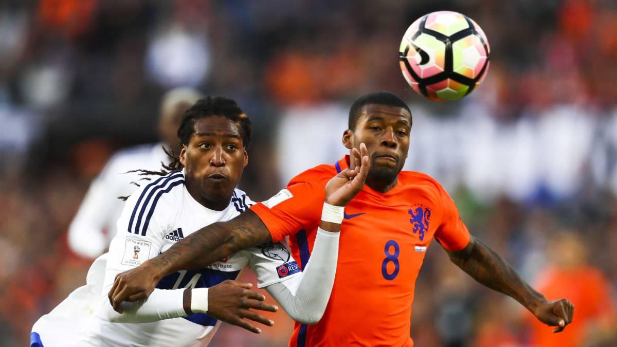 Holanda goleó a Luxemburgo en el debut del técnico Dick Advocaat