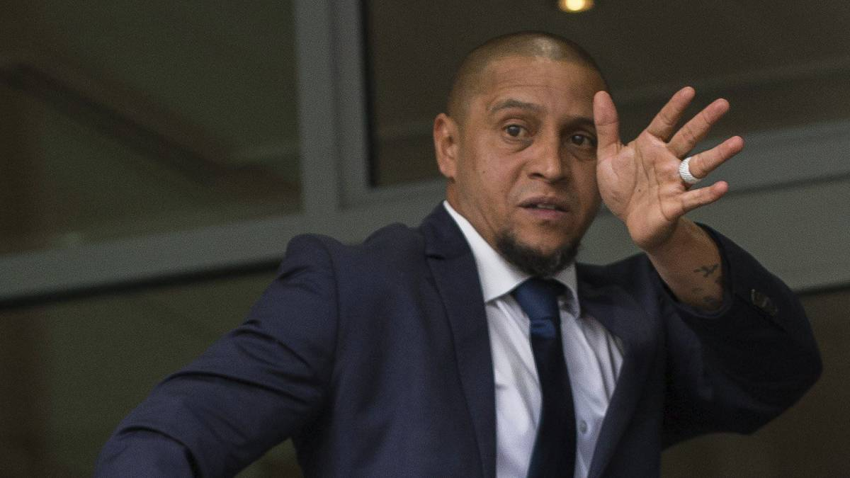 Niega Roberto Carlos consumo de bebidas dopantes
