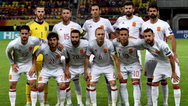 Spanish national soccer team\'s starting eleven prior to the FIFA World Cup 2018 qualifying soccer match between Macedonia and Spain in Skopje, The Former Yugoslav Republic of Macedonia, 11 June 2017.