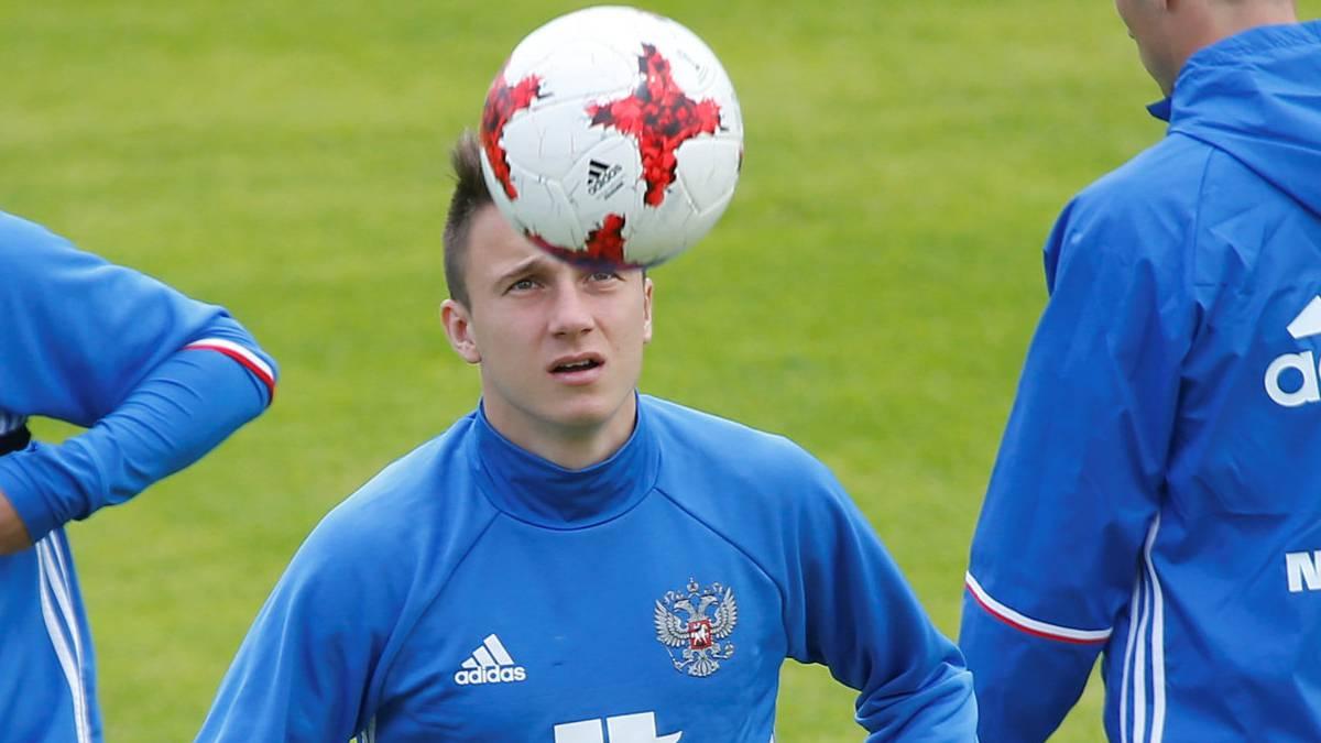 Rusia debuta con discreta victoria
