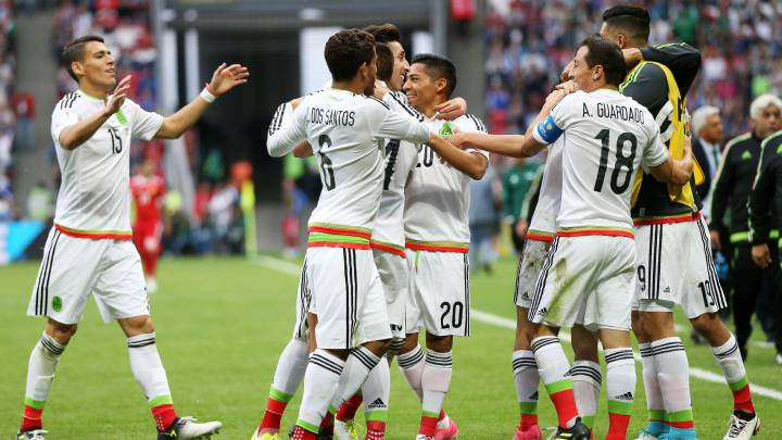 Players of Mexico celebrate after scoring their team\'s second goal during the FIFA Confederations Cup 2017 group A soccer match between Mexico and Russia at the Kazan Arena in Kazan, Russia, 24 June 2017.