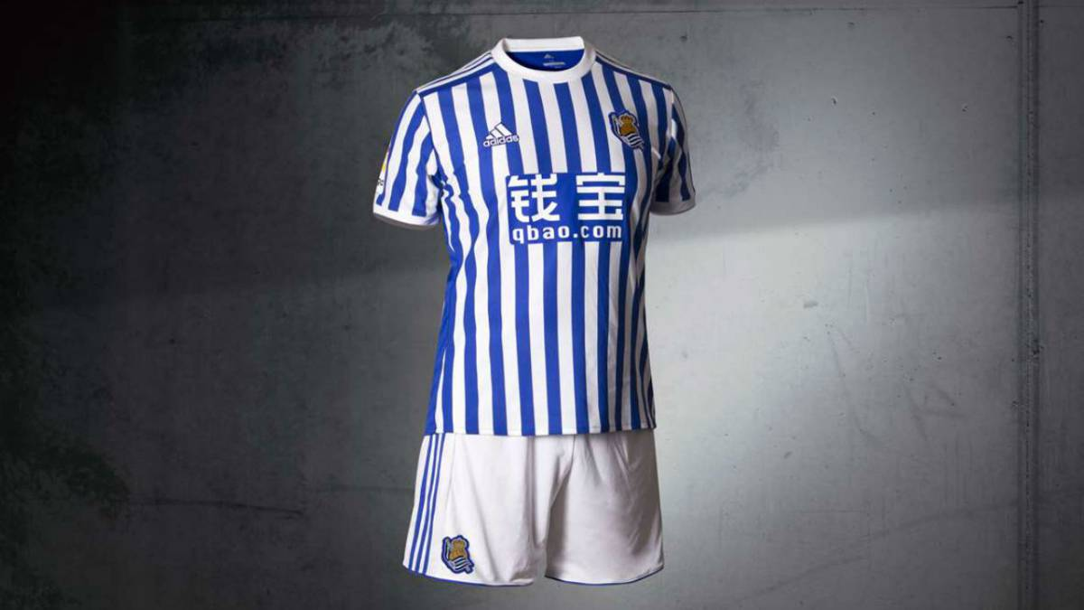 New Real Sociedad kit released - and the fans aren t impressed - AS.com b3cc19eee4ef2