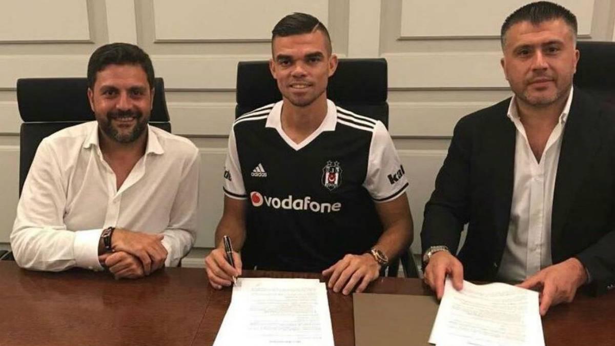 Pepe es presentado como nuevo fichaje del Besiktas turco