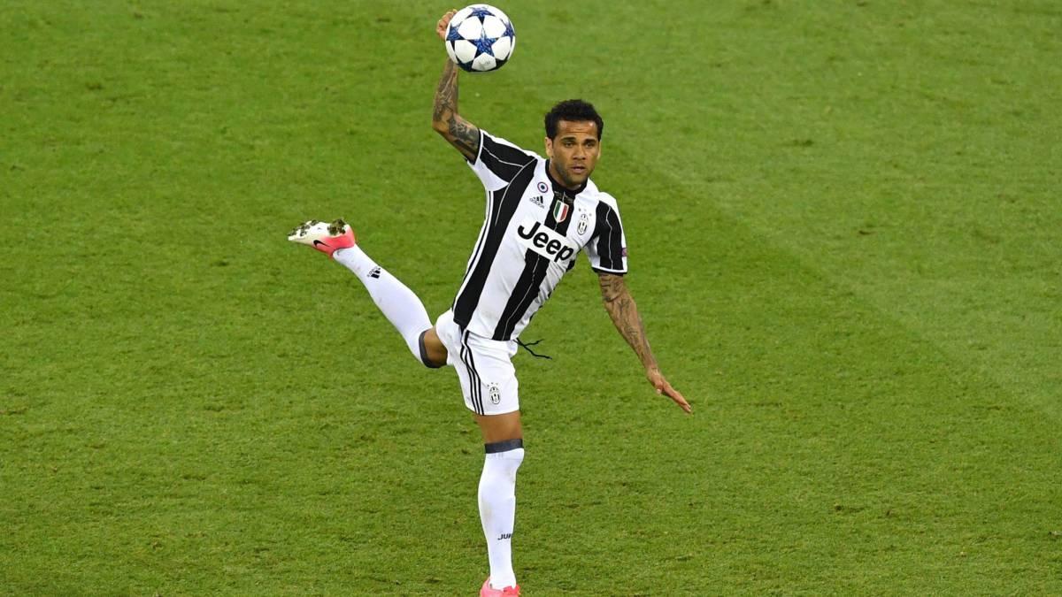 Dani Alves ficha con el PSG tras abandonar a la Juventus — OFICIAL