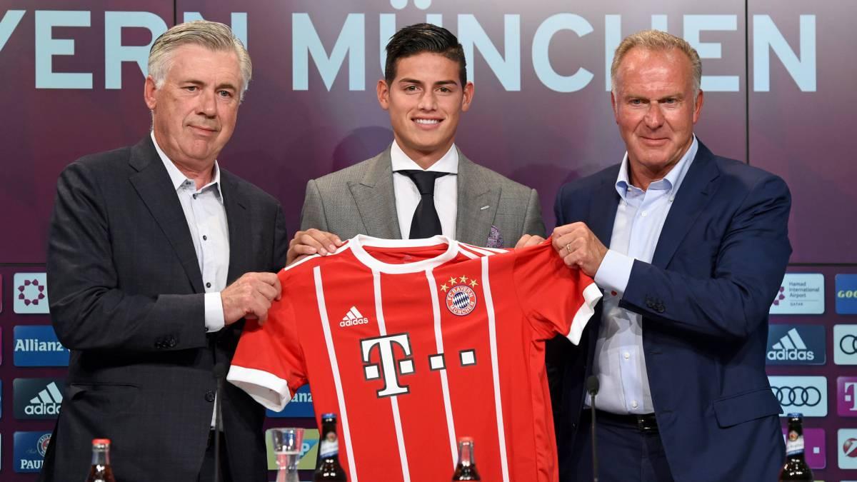 La primera práctica de James con los colores del Bayern